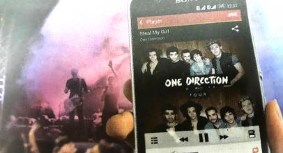 Bonus CD One Direction Sony Xperia E4