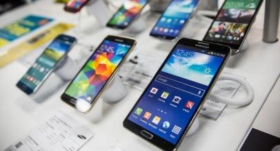 7 Ponsel Paling Banyak Dicari di Indonesia 2018