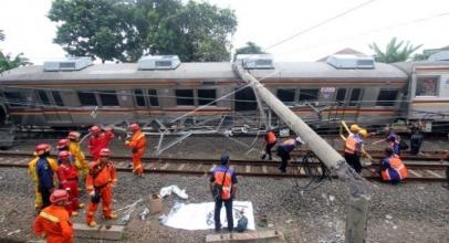 Netizen Soroti Insiden Kecelakaan KRLCommuniter Line di Bogor