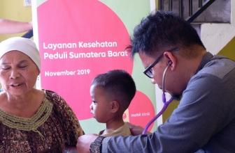 Indosat Ooredoo Bantu Korban Banjir Bandang Solok Sumbar