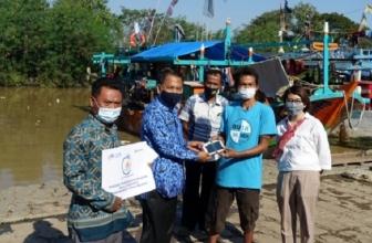 XL Axiata Ajarkan Aplikasi Laut Nusantara ke Nelayan Subang