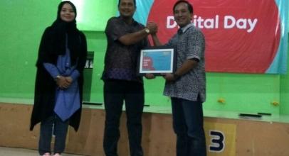 """Indosat Ooredoo Gelar """"Digital Day"""" di 15 Sekolah Menengah Atas"""