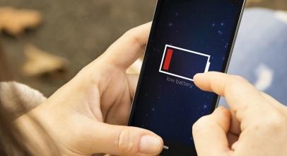 8 Langkah Jitu Hemat Baterai Ponsel Saat Darurat