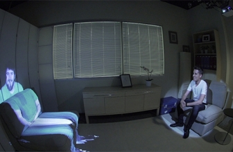 Microsoft Manfaatkan Projector Untuk Video Call