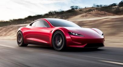 Elon Musk Umumkan Tesla Roadster Hadir Pada 2023