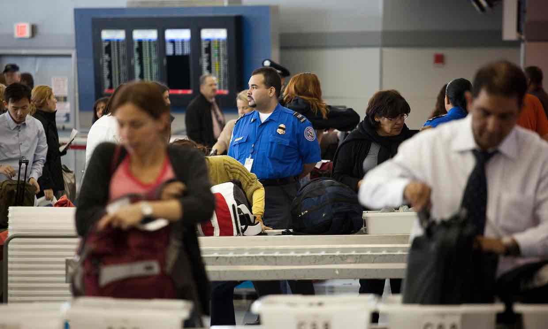Lembaga Transportasi AS Larang Bawa Gadget ke Pesawat
