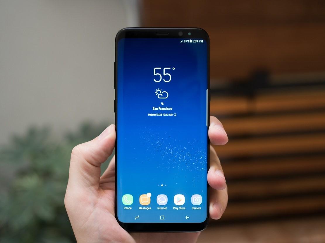 Laris Dipesan, Samsung Galaxy S8 Punya Penjegal, Siapa Dia?