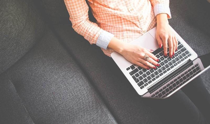 5 Hal Paling Aneh Yang Ditawarkan di Situs Jual-Beli Online