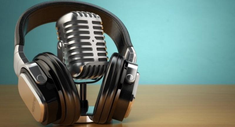 XL Corner: 5 Podcast Teman Anda Malam-malam #dirumahaja