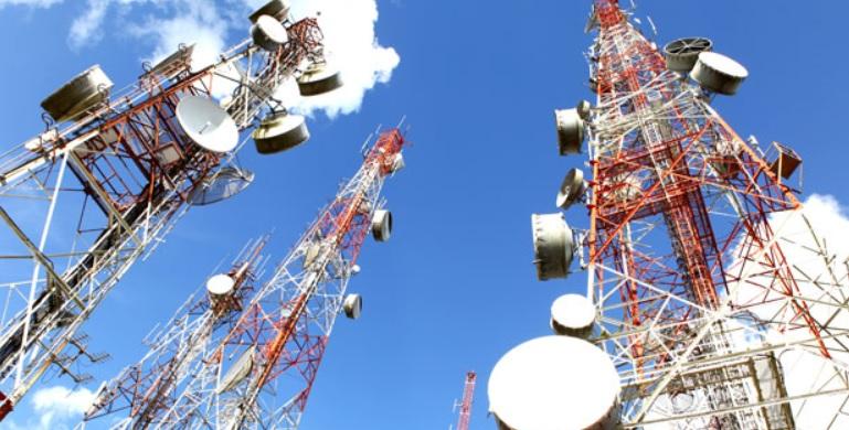 Fenomena Penggelaran Infrastruktur Darat Jaringan Telekomunikasi Indonesia