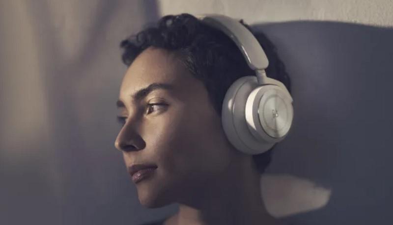 Bang & Olufsen Rilis Beoplay HX, Headphone Premium dengan Pemakaian 35 Jam