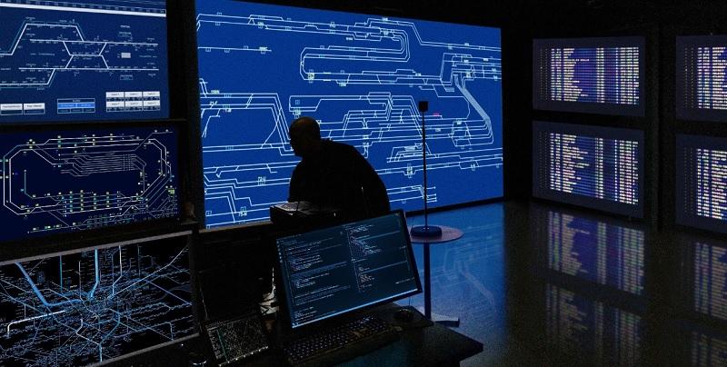 Indosat Ooredoo dan Ericsson Kembangkan Teknologi Machine Learning