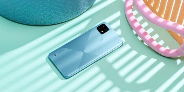 Beli Realme C21 Dapat Smart TV buat Calon Pelanggan Smartfren