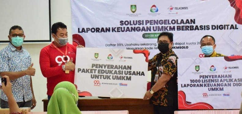 Telkomsel Bantu UMKM Surakarta Go Digital