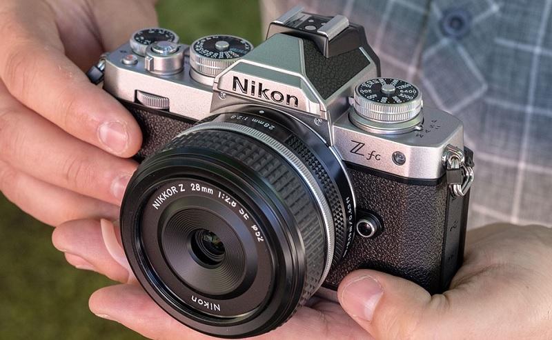 Nikon Z fc, Mirrorless Rasa Retro