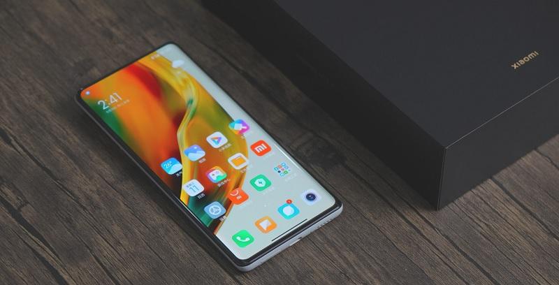 Xiaomi Mi Mix 4, Jalan Lebar Menjadi Raja