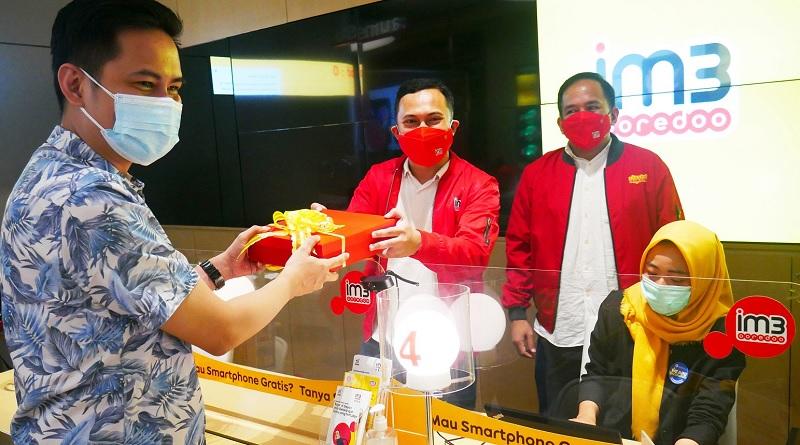 Gerai Online Indosat Ooredoo Beraksi di Hari Pelanggan Nasional